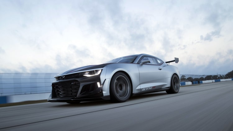 Camaro Gt4r >> The Chevrolet Camaro GT4.R is the ZL1 1LE outfitted for ...