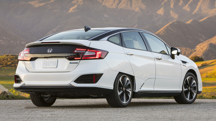 Cool The Future Is Now  2017 Honda Clarity Fuel Cell First
