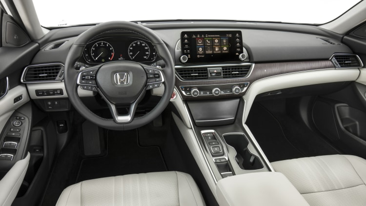 19-2018-honda-accord-touring-1.jpg