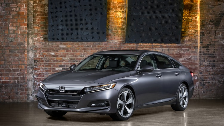 10-2018-honda-accord-touring-1.jpg