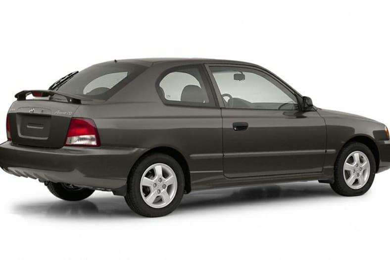 2002 Hyundai Accent Pictures
