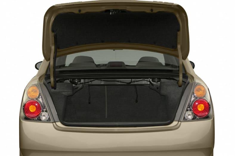 2002 Nissan Altima Exterior Photo