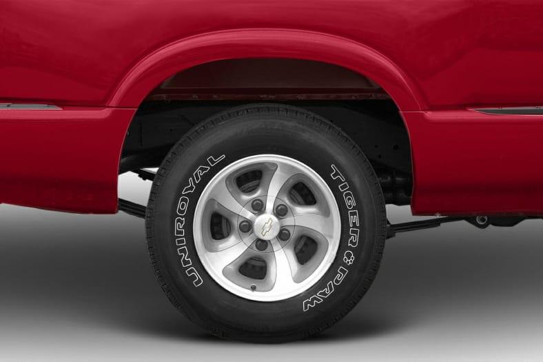 2003 Chevrolet S-10 Exterior Photo