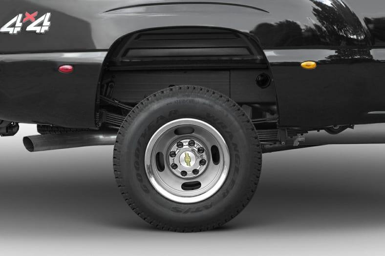2004 Chevrolet Silverado 3500 Exterior Photo