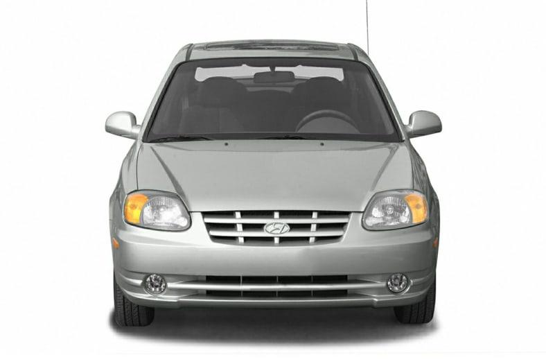 2004 Hyundai Accent Exterior Photo