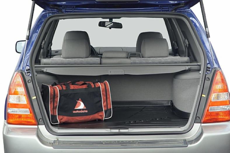 2004 Subaru Forester Exterior Photo