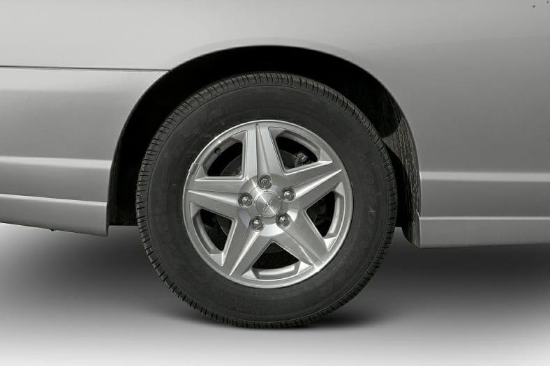 2005 Chevrolet Monte Carlo Exterior Photo