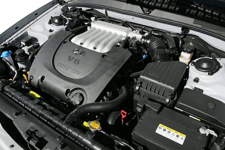 2005 Hyundai Sonata Pictures