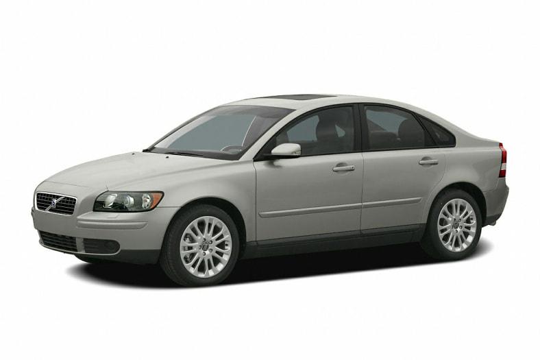 2005 S40
