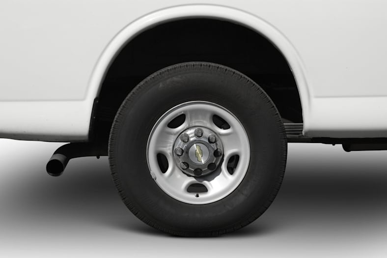 2007 Chevrolet Express Exterior Photo