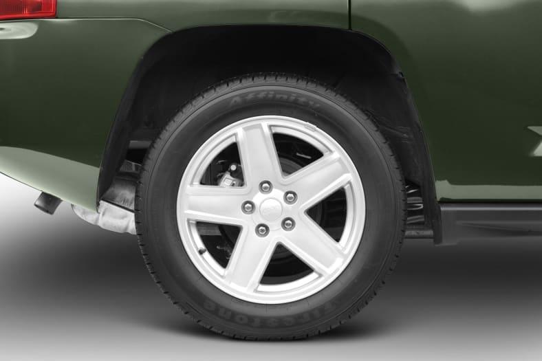 2007 Jeep Compass Exterior Photo