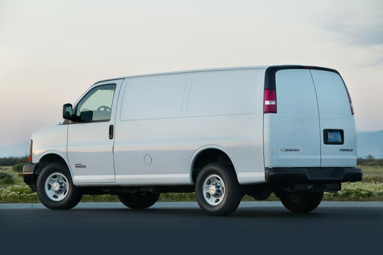 2010 Chevrolet Express 2500 Exterior Photo
