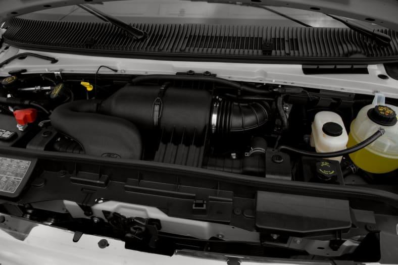 2010 Ford E-150 Exterior Photo