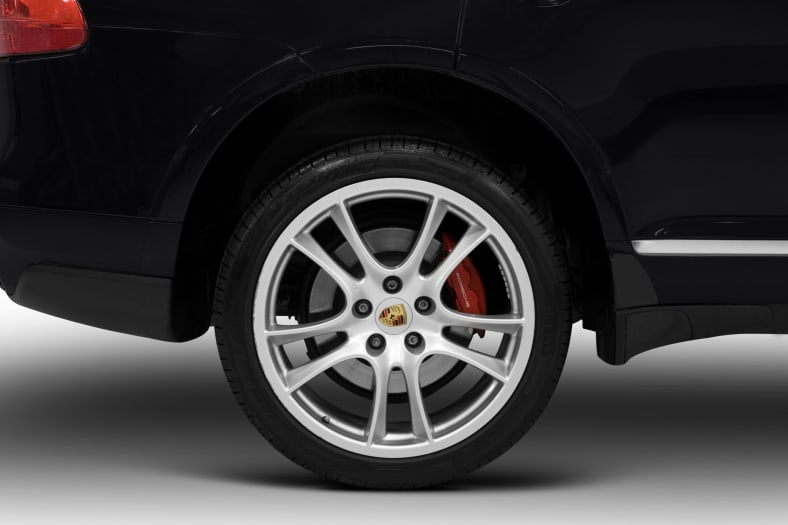 2010 Porsche Cayenne Exterior Photo