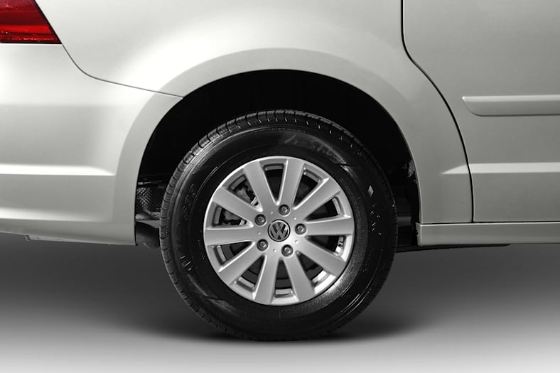 2010 Volkswagen Routan Exterior Photo