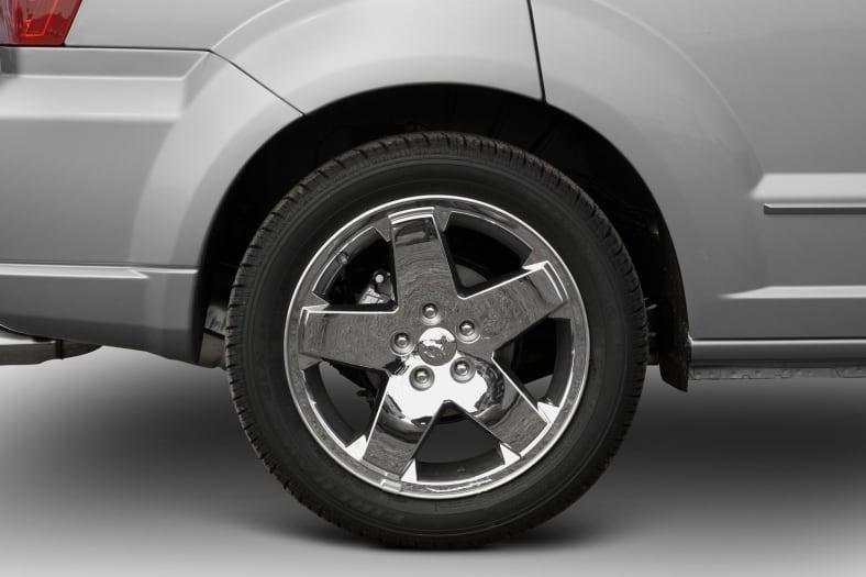 2011 Dodge Caliber Exterior Photo