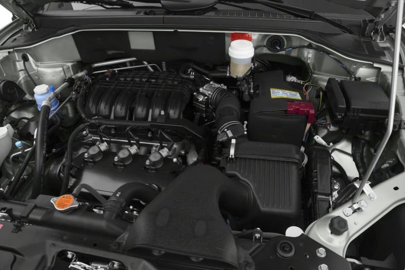 2011 Mitsubishi Endeavor Exterior Photo