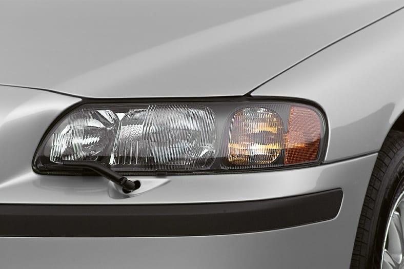 2001 Volvo V70 Exterior Photo