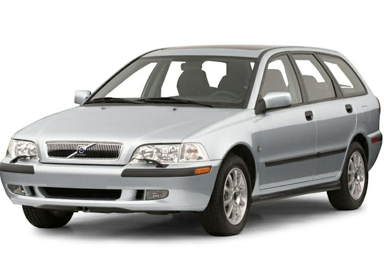 2001 V40