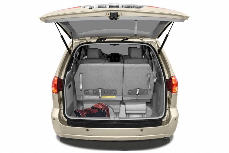 2004 Toyota Sienna Exterior Photo