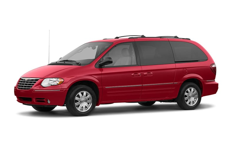 2006 Chrysler Town & Country Exterior Photo