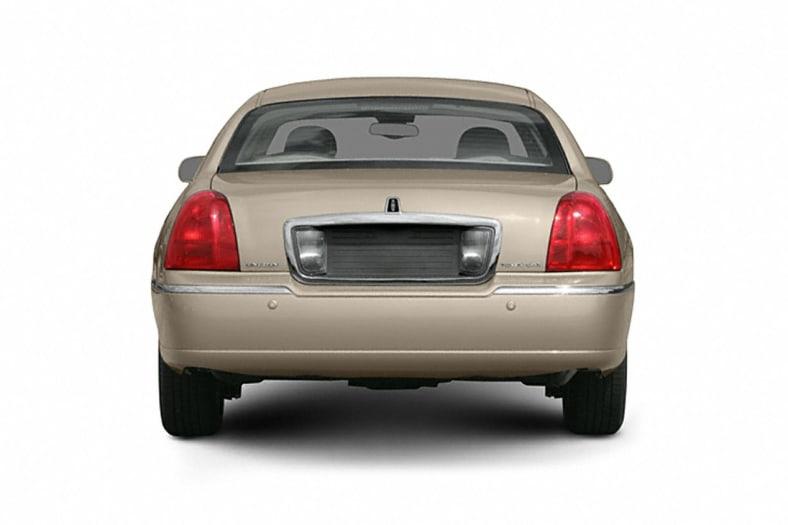 2006 Lincoln Town Car Exterior Photo