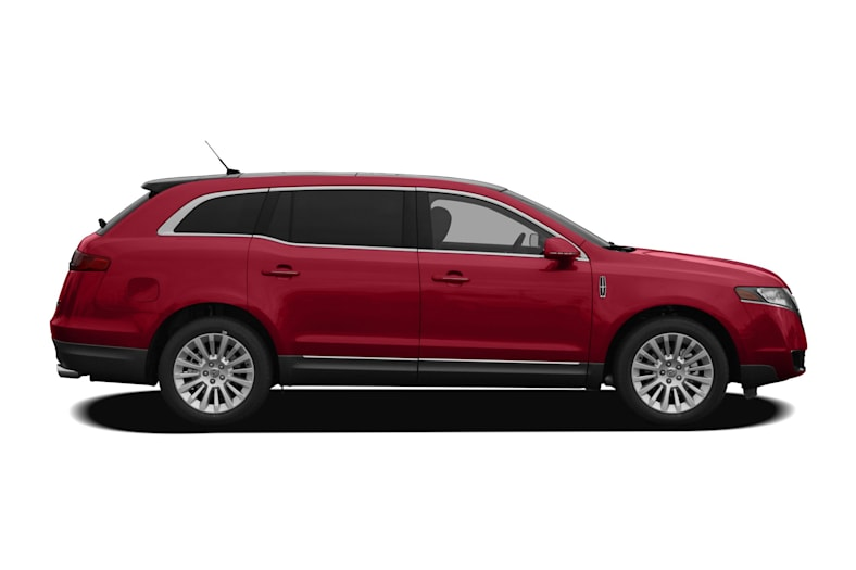 2011 Lincoln MKT Exterior Photo