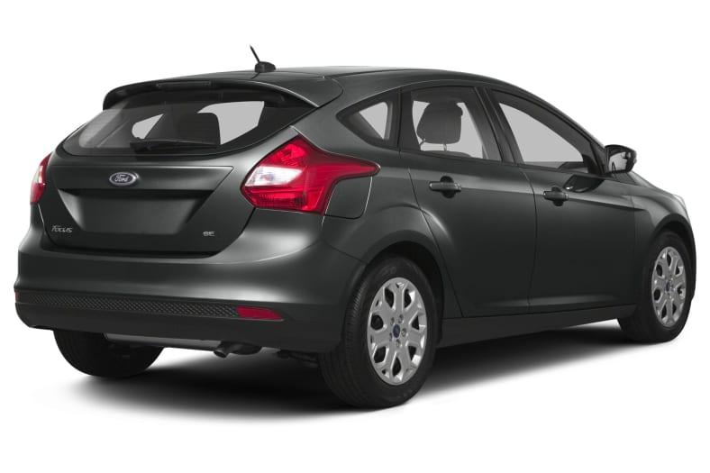 2013 Ford Focus Titanium 4dr Hatchback Pictures
