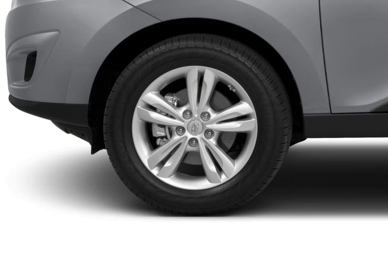 2013 Hyundai Tucson Exterior Photo