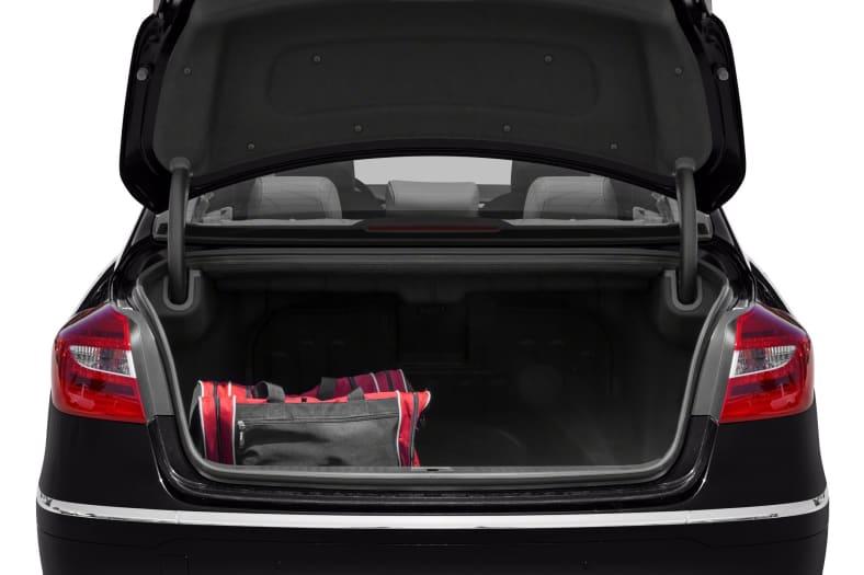 2014 Hyundai Genesis Exterior Photo