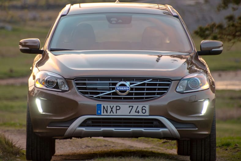2017 volvo xc60 t5 dynamic 4dr all wheel drive pictures. Black Bedroom Furniture Sets. Home Design Ideas