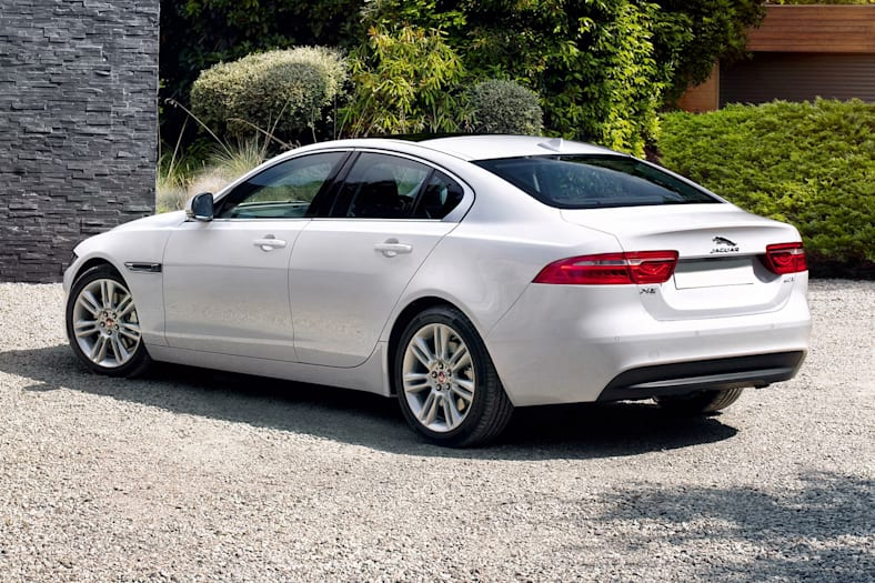 2017 jaguar xe 25t prestige 4dr rear wheel drive pictures. Black Bedroom Furniture Sets. Home Design Ideas