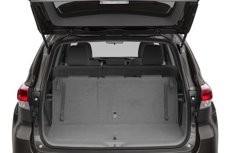 2017 Toyota Highlander Le Plus V6 4dr All Wheel Drive Pictures
