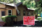 Sex Offenders' Homes Get Warning Signs in Bradford County, Fla.