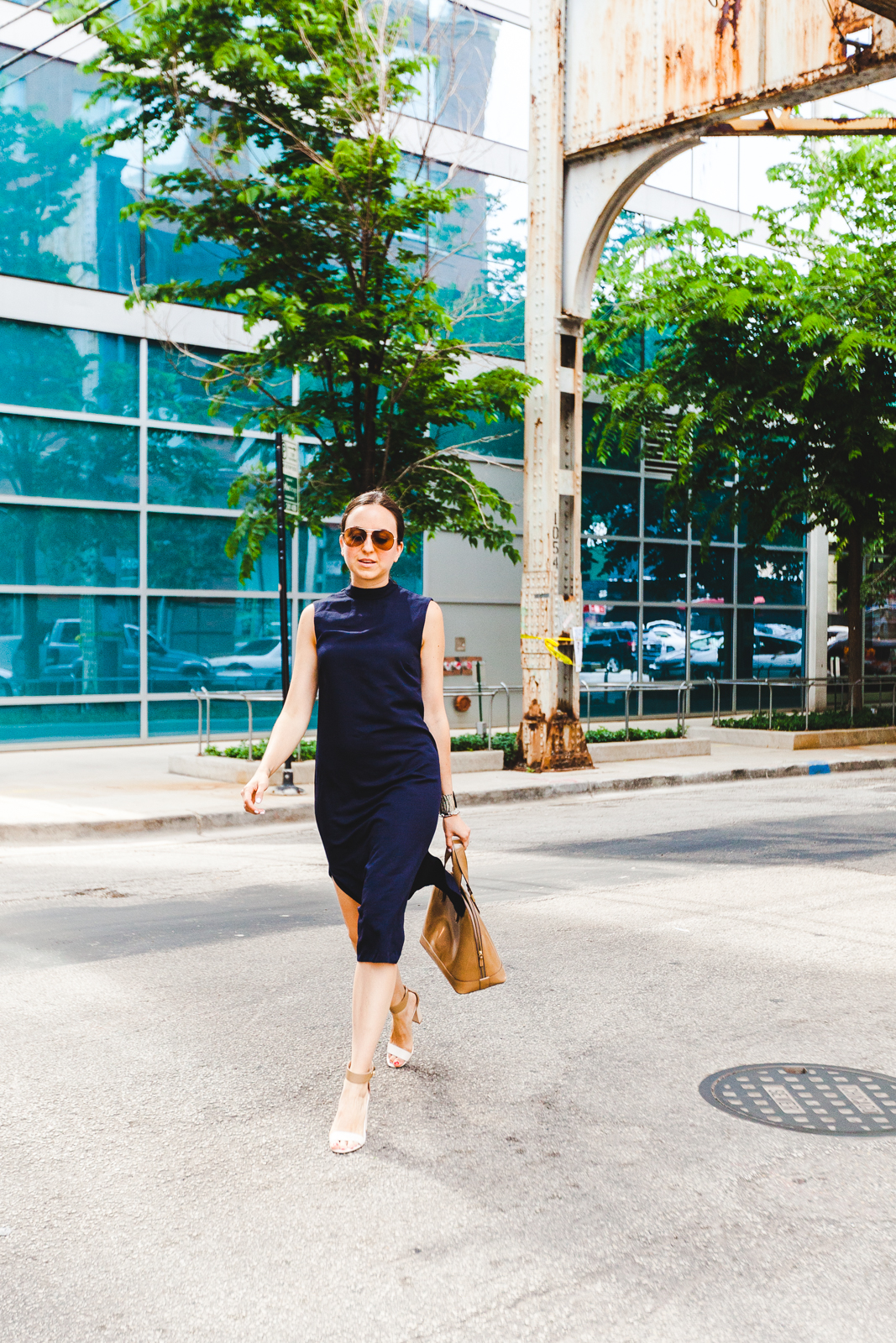 Street style tip of the day: Simple and chic