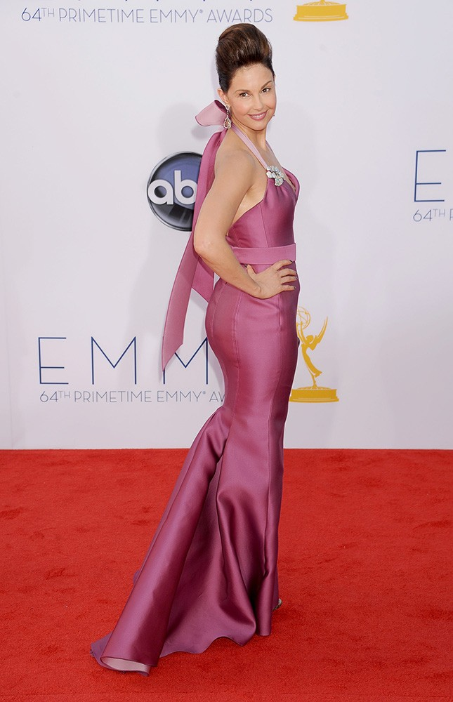 We had to: The worst Emmy looks of. all. time.