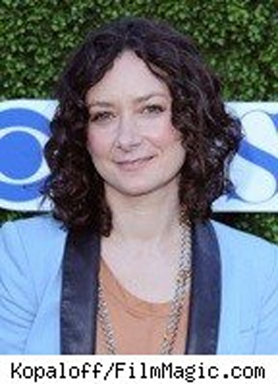 celebrity news news roseanne star sara gilbert comes out