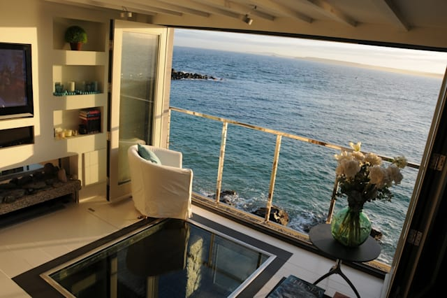 Quirky beachfront holiday rentals in Britain