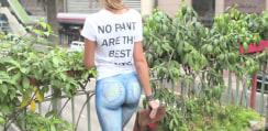 セクシー美女がデニムで街を歩く→下半身はボディペインティングだけだった!【動画】