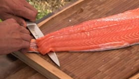 How to Remove Skin From Fish