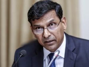 Raghuram Rajan Retains RBI Repo Rates