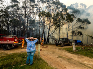 100 Bushfires Threaten Close To 200 Homes Across Victoria