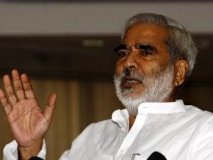 Vedas Say Hindu Saints Ate Beef: RJD Leader Raghuvansh Prasad Backs Up Lalu