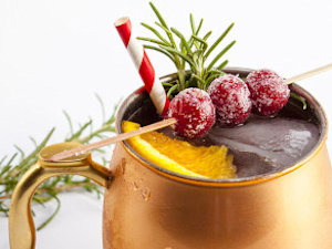 Christmas Cocktails That Put An Eggnog In A Corner