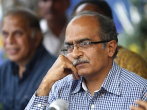 Prashant Bhushan Rips Apart AAP Govt's Jan Lokpal Draft Bill, Accuses Kejriwal Of Fraud