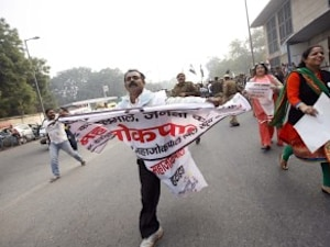 Janlokpal Can Protect Whistleblowers