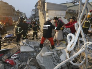 At Least Five Dead In Taiwan After Magnitude 6.4 Earthquake Topples 17-storey Apartment Building