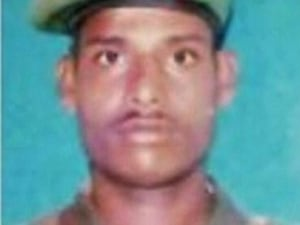 Siachen Tragedy: Nation Prays For Lance Naik Hanumanthappa Who Is In Coma
