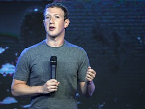 Mark Zuckerberg Calls Marc Andreessen's Tweet On India Colonization 'Deeply Upsetting'