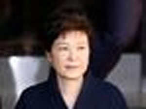 South Korean Prosecutors Seek Arrest Warrant For Ousted President Park Geun-hye